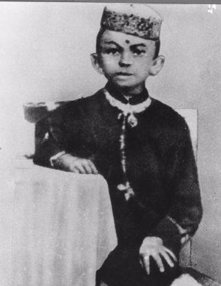 Mahatma Gandhi op 7-jarige leeftijd