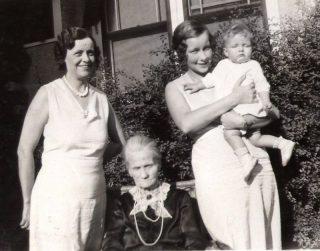 Drie generaties (1931)