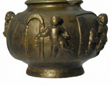 Romeins balsamarium met badhuisscene - 2de of 3de eeuw na Chr (ADC)