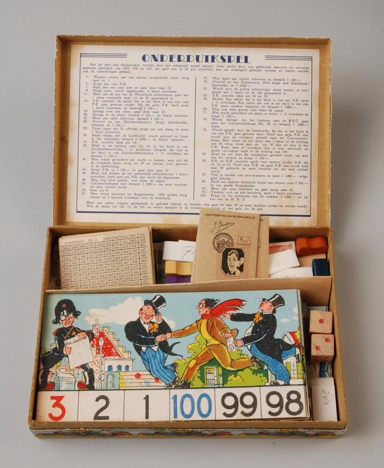 Museum Rotterdam 'Onderduik spel' (inv. nr. 63075-A-CR) CC-BY-SA