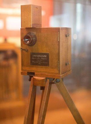 De cinematograaf van de Lumières in het Institut Lumière