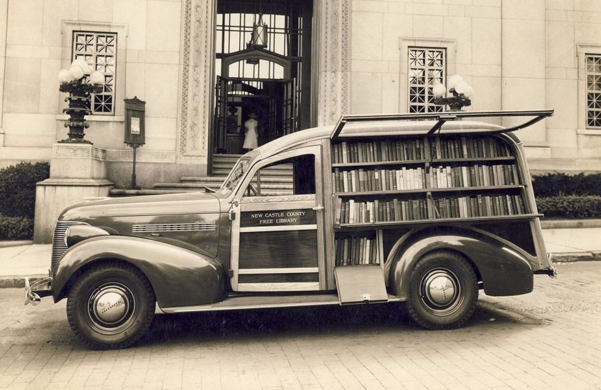 Boekmobiel uit Newcastle (Anne Arundel Country Public Library)