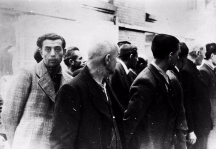 Geëmigreerde Duitse Joden worden in Amsterdam opgepakt, juni 1940 (cc - Bundearchiv)