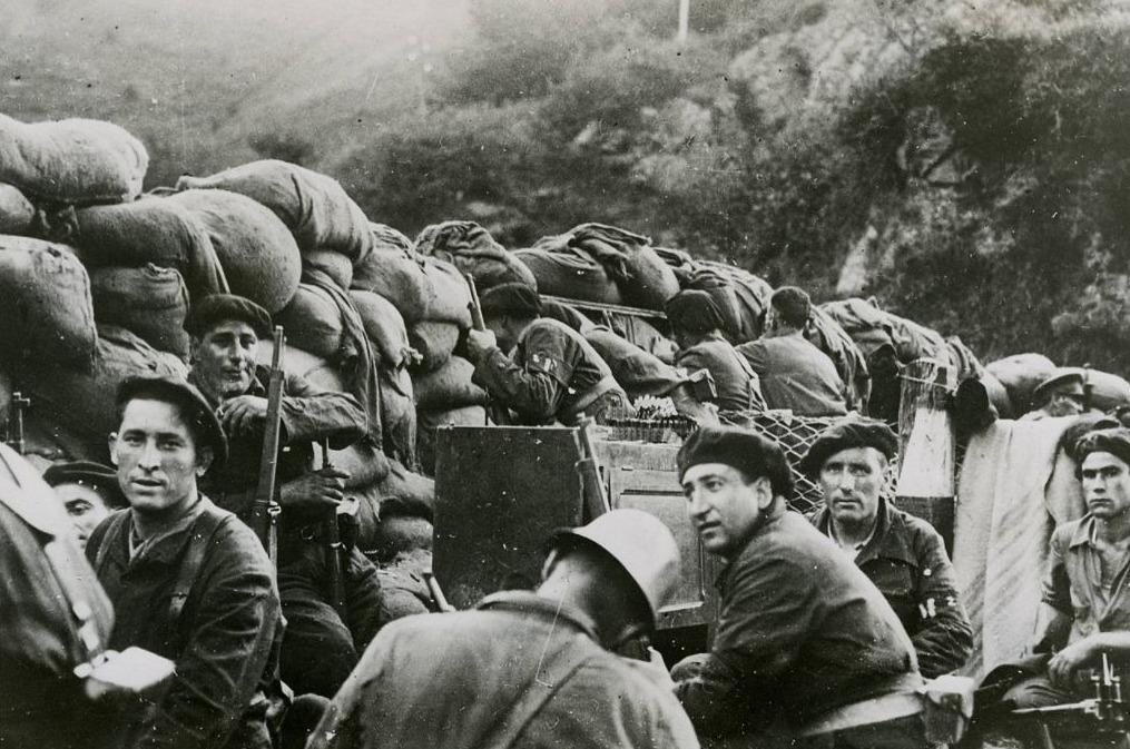 Spaanse Burgeroorlog - Republikeinse troepen tijdens de slag bij Irún