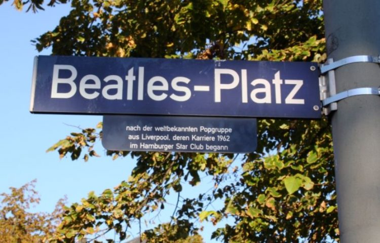 The Beatles-Platz in Hamburg (cc - Heide-Daniel)