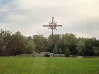 Kruis ter herinnering aan de Slag om Narva (Foto: Cora Schut)