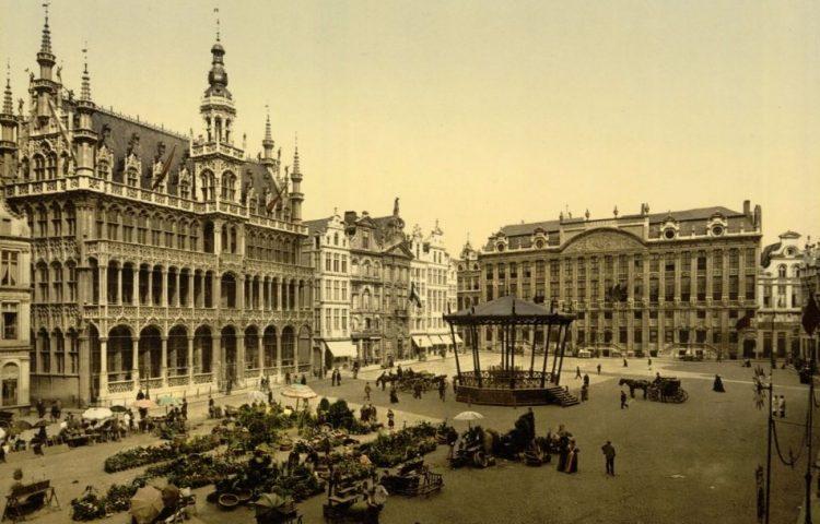 Brusselse Grote Markt op een eind negentiende-eeuwse photochrom