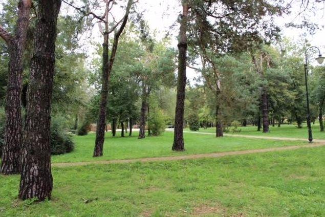 Park in Wlodawa op de plaats van een voormalig Joods kerkhof