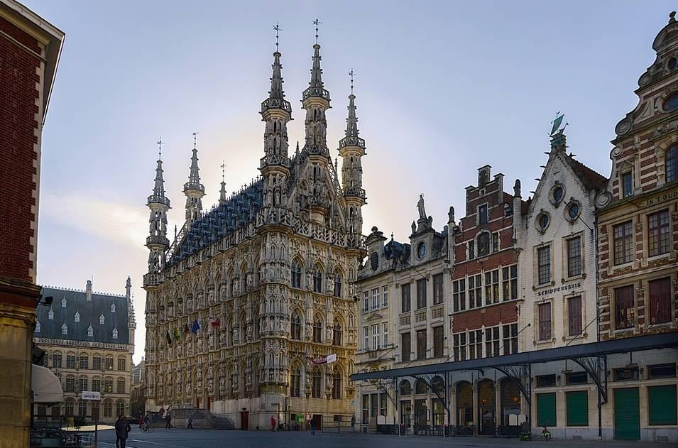 Stadhuis van Leuven op de Grote Markt (cc - Pixabay - flurk20050)