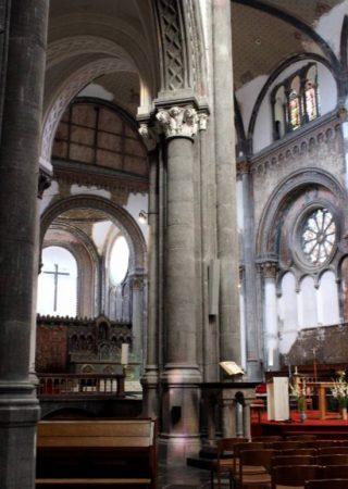 Interieur van de Koninklijke Sint-Mariakerk