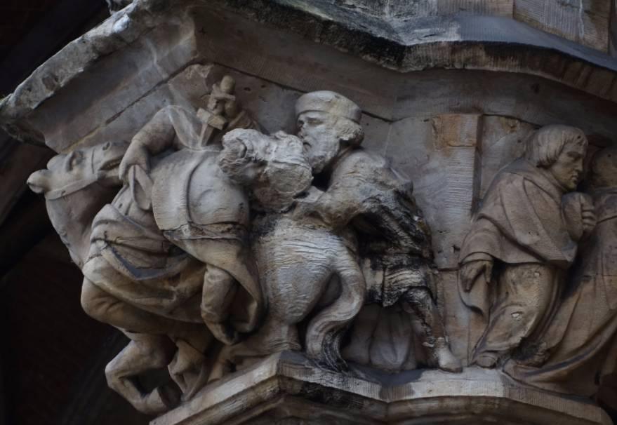 Aanval op Everaard t' Serclaes. Kraagsteen op het stadhuis van Brussel (cc)