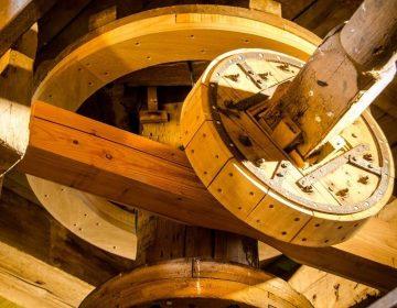 Interieur van een molen (cc - Pixabay - PrebenGammelmark)