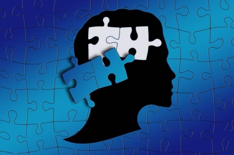 Op twee gedachten hinken (cc - Pixabay - geralt)