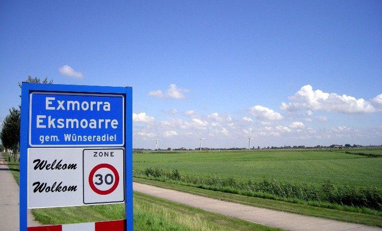 Plaatsnaamborden in Friesland bevatten de Nederlandse én Friese naam.