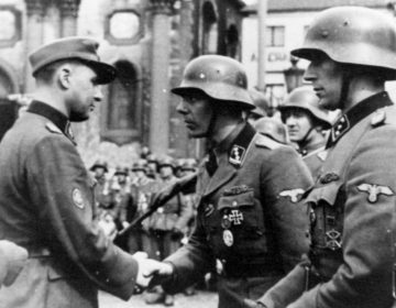 Léon Degrelle in Charleroi op 1 april 1944
