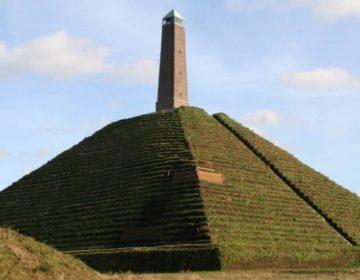 Pyramide van Austerlitz - cc