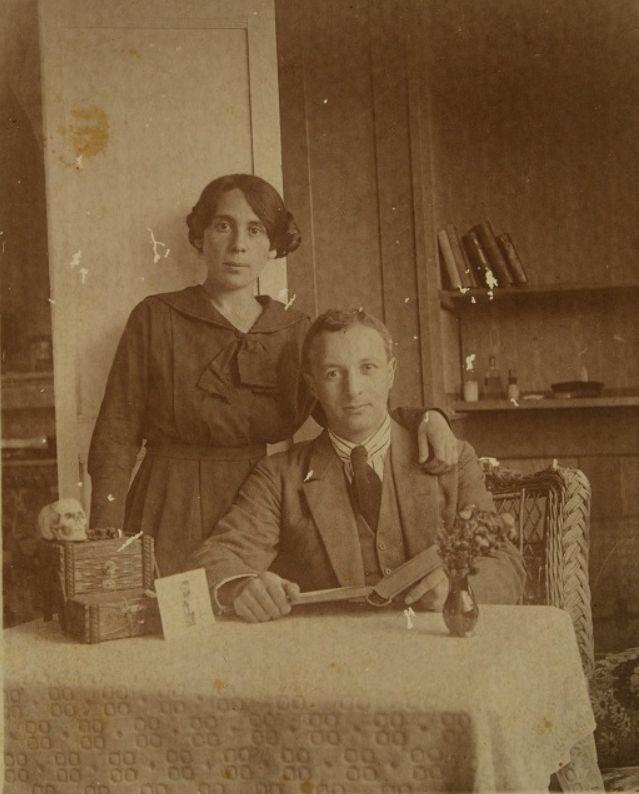 Arie Leib Chwojnik en zijn vrouw Ettia in Zwitserland, rond 1920