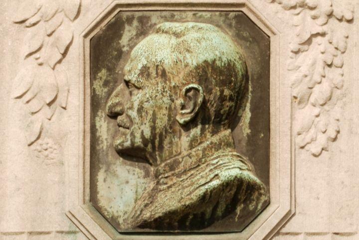 Detail monument voor Albert Thys in Brussel - cc