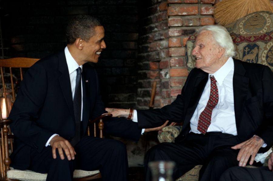 Billy Graham tijdens een ontmoeting met Barack Obama in 2010 (Witte Huis - Pete Souza)