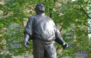 De Dokwerker. Monument ter nagedachtenis aan de Februaristaking van 1941