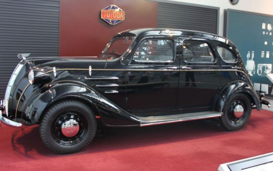Toyota uit 1936 - cc