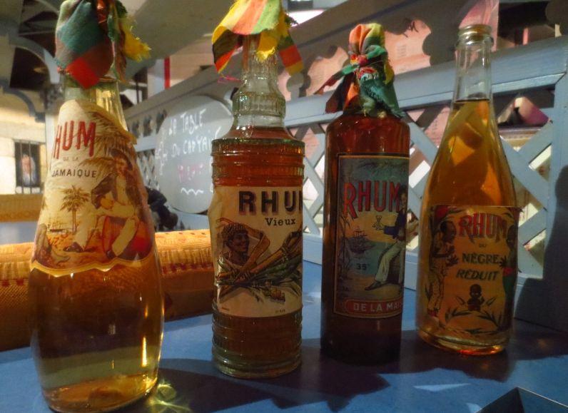 Enkele flessen rum (cc - Arnaud 25)