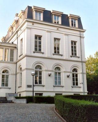 Het gebouw in Brussel waar de sterrenwacht van 1834 tot 1890 gevestigd was (cc - Emdee)