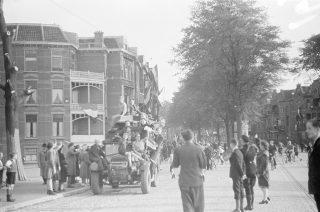 Menno Huizinga; Collectie: NIOD instituut voor oorlogs-, holocaust-, en genocidestudies; Publiek Domein