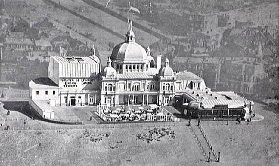 Het inmiddels verdwenen Seinpostduin filmtheater, 1930 (wiki)