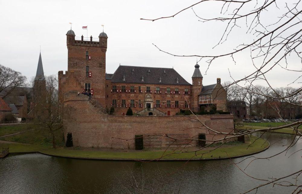 Citaten Uit De Middeleeuwen : Huis bergh een middeleeuws kasteel in s heerenberg
