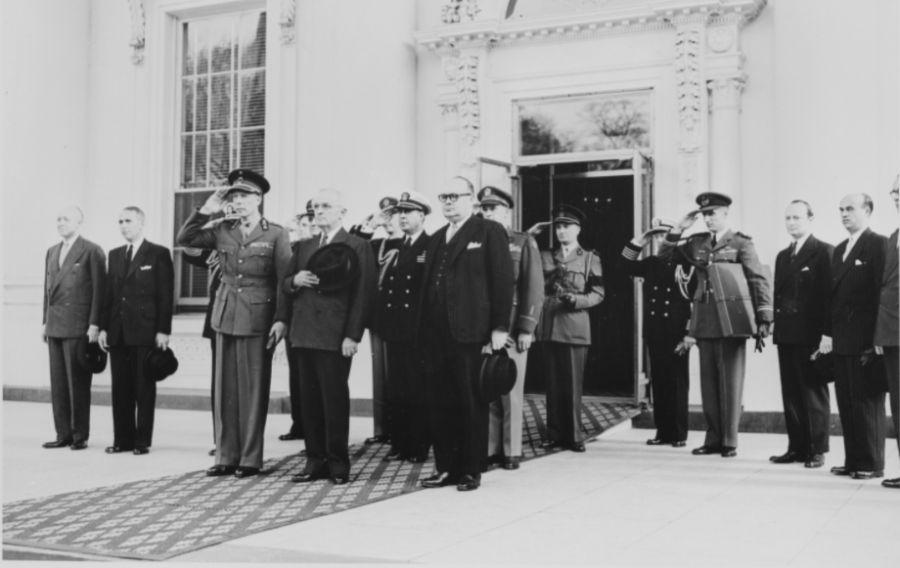 Prins-regent Karel van België op bezoek bij de Amerikaanse president Truman, 6 april 1948 (National Archives)