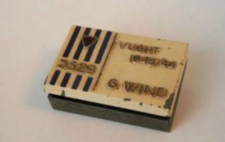 Doosje, gemaakt door gevangene G. Wind tijdens zijn werk in het Philips-Kommando (collectie NMKV)