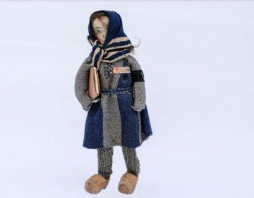 Het popje van Riek Snel - Collectie NM Kamp Vught - Foto: Jan van de Ven
