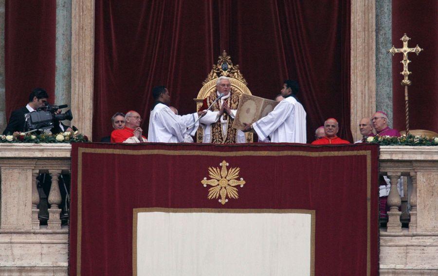 Kerstmis 2008, urbi et orbi door paus Benedictus XVI (cc - JialiangGao)