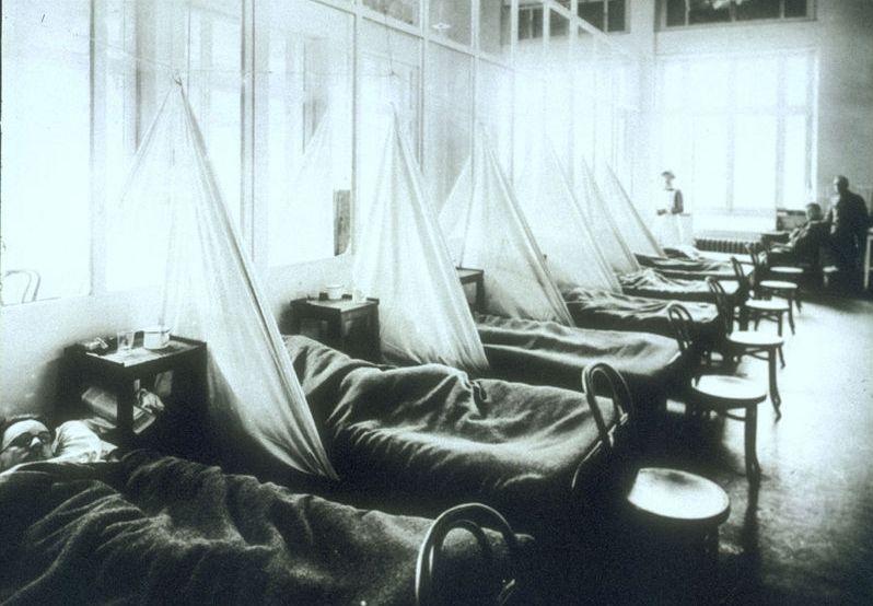 Amerikaans militair ziekenhuis tijdens de pandemie (U.S. Army Medical Corps)