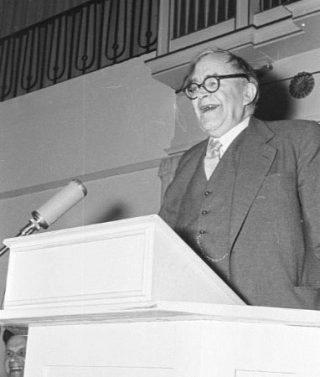 De Zwitserse protestants theoloog Karl Barth (cc - Bundesarchiv)