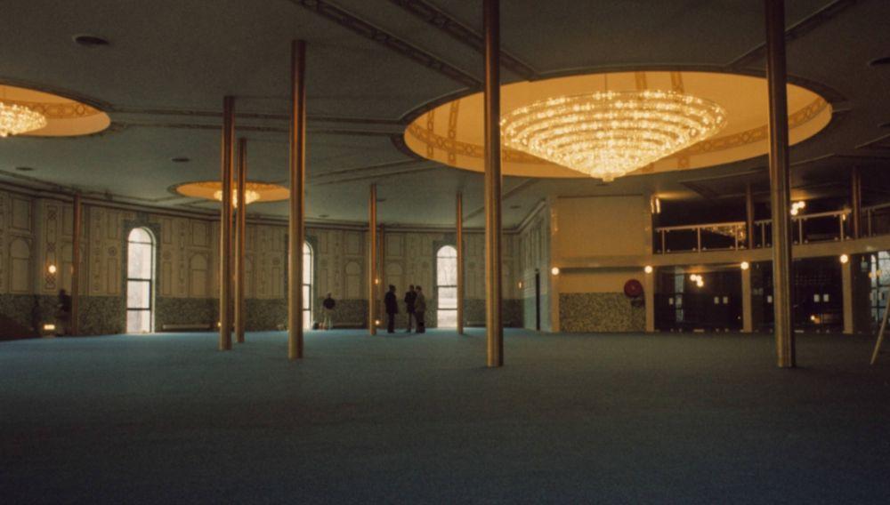 Interieur van de moskee (cc - Michel Huhardeaux)