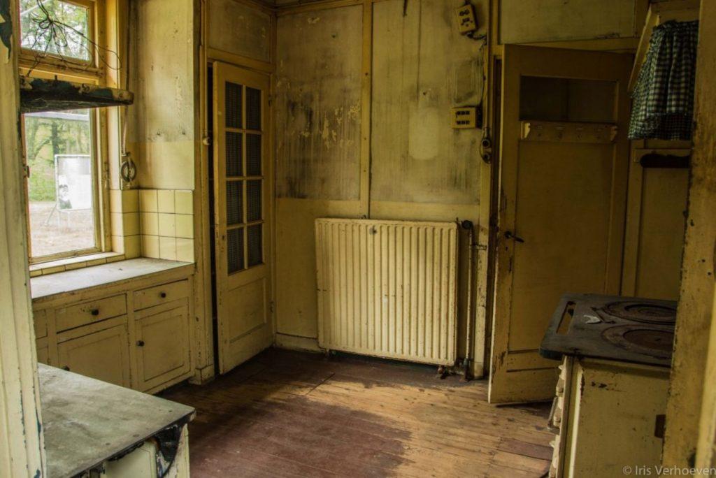 Keuken van de commandantswoning (Iris Verhoeven)