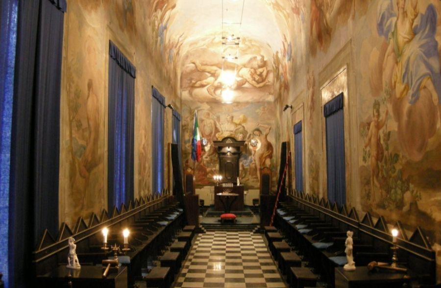 Vrijmetselaarsloge in Florence (cc - Sailko)