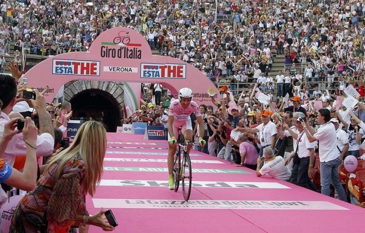 Lijst van winnaars van de Giro (Ronde van Italië) - cc - pixabay - brennmick