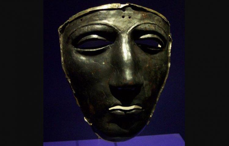 Gezichtsmasker dat in Kalkriese gevonden is (cc - wiki)