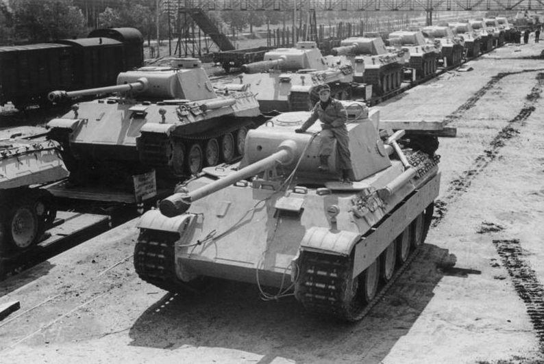 Panzerkampfwagen V Panther (cc - Bundesarchiv)