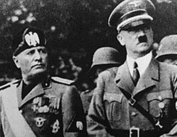 Fascisme - Benito Mussolini en Adolf Hitler (Publiek Domein - wiki)