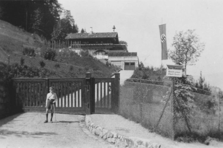 Haus Wachenfeld in 1934 (CC BY 3.0 - wiki - Erich Wilhelm Krüger)