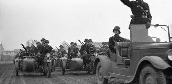De Hitlergroet, de verplichte groet in nazi-Duitsland