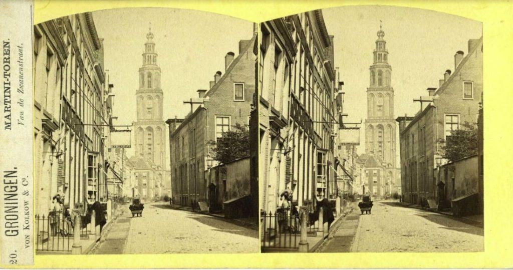 Martinitoren vanuit de Zwanestraat, F.J. von Kolkow (Von Kolkow & Co), 1868 (NL-GnGRA_1988_138), Beeldbank Groningen, RHC Groninger Archieven