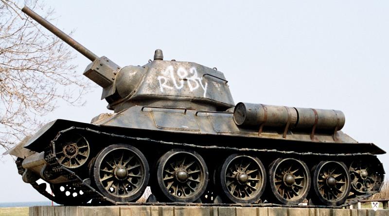 T-34/76 Mod.43 in Gdansk (CC BY-SA 3.0 - wiki)