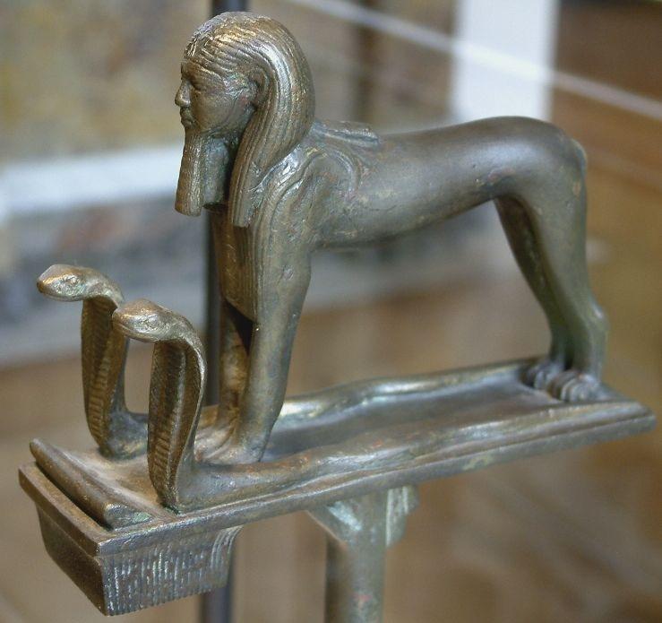 Taharqo (Taharqa) als sfinx (CC BY-SA 3.0 -  Guillaume Blanchard - wiki)