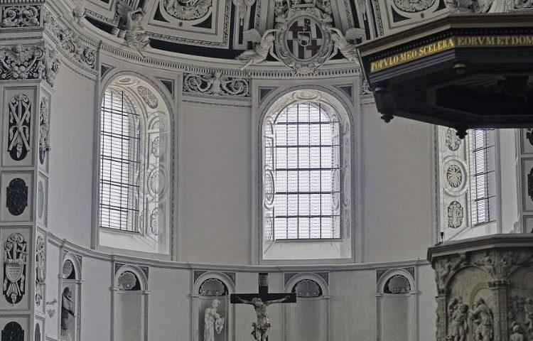 Kansel - Confessionalisme (cc0 - Pixabay - hpgruesen)