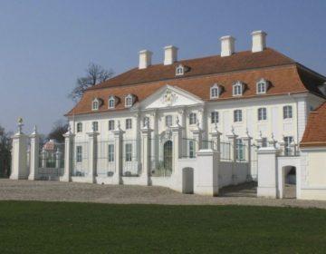 Slot Meseberg - Gastenhuis van de Duitse regering (CC BY-SA 4.0 - Doris Antony - wiki)
